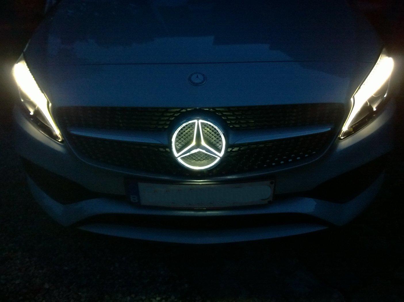 160824-Mercedes-A200d-Etoile-led.jpg