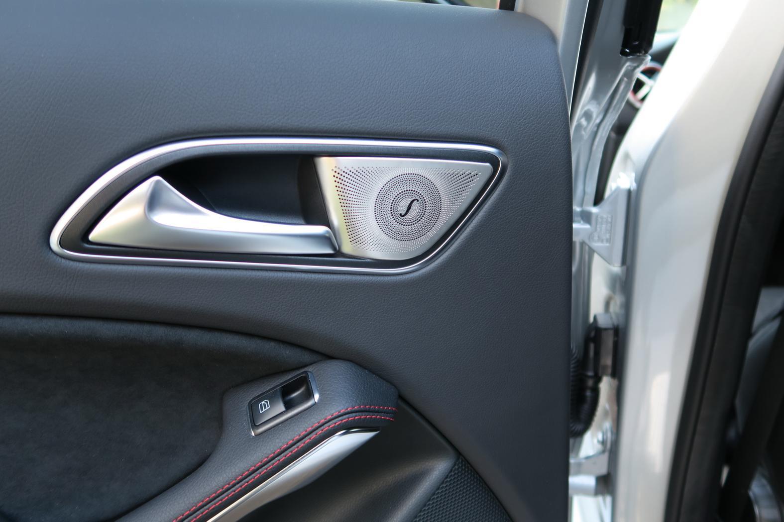 170414-Mercedes-A200d-HP-arriere.jpeg
