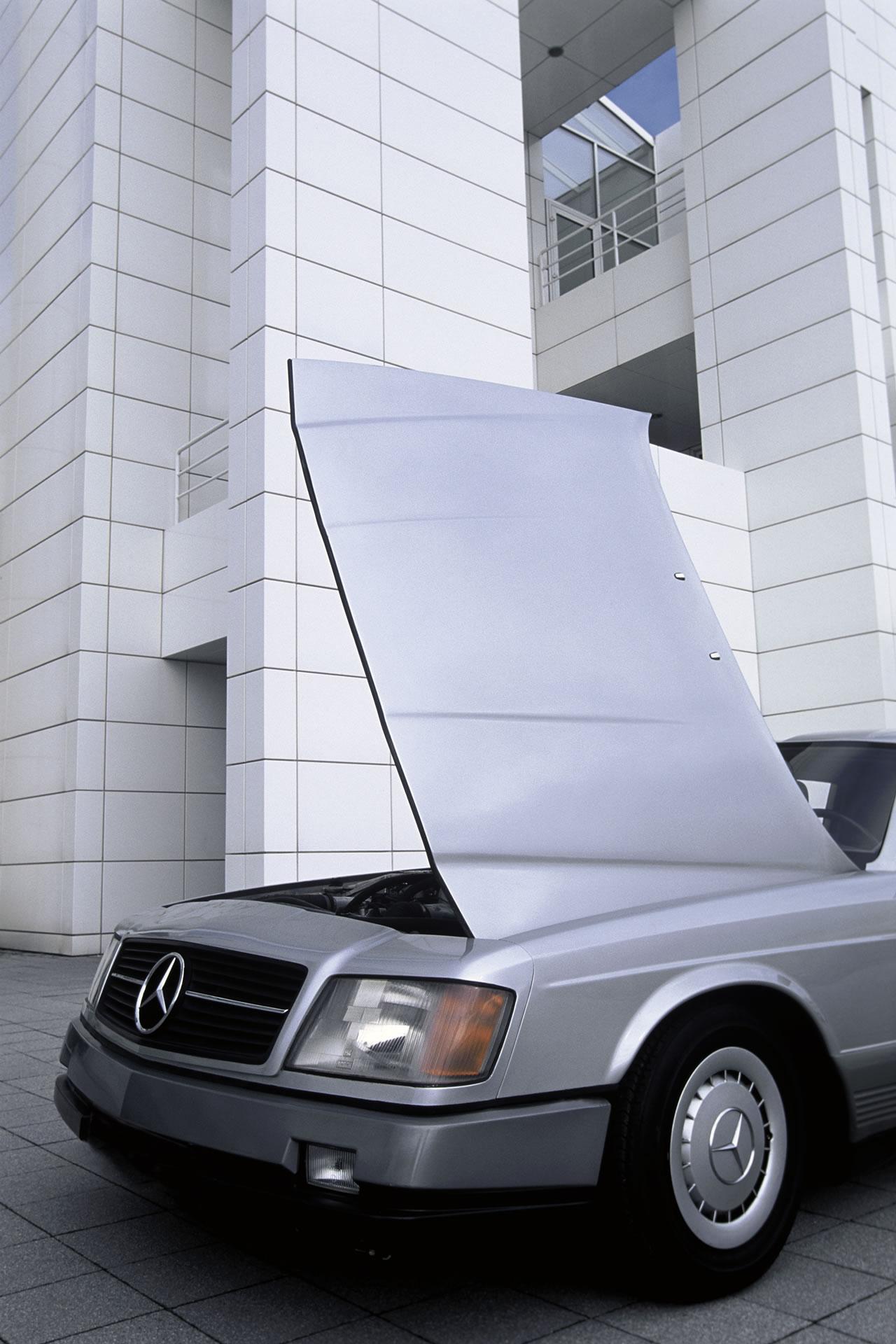 MercedesAuto2000Researchcar2.jpg