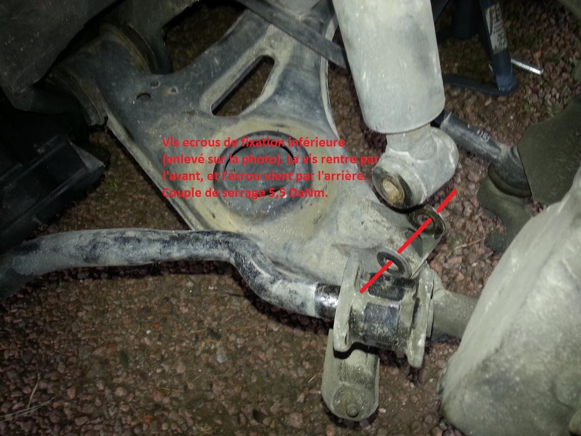 La-fixation-inferieure-de-l-amortisseur-et-le-plaque-d-appui-du-silent-bloc-de-barre-stabilisatrice-.jpg