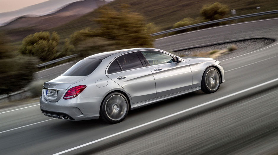 2015-C-CLASS-SEDAN-FUTUREMODELS-GALLERY-004-GOE-D.jpg