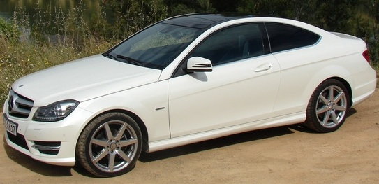 W204coupe_01.jpg