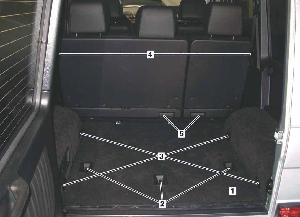13-compartiment-de-chargement-mercedes-classe-g-463.jpg