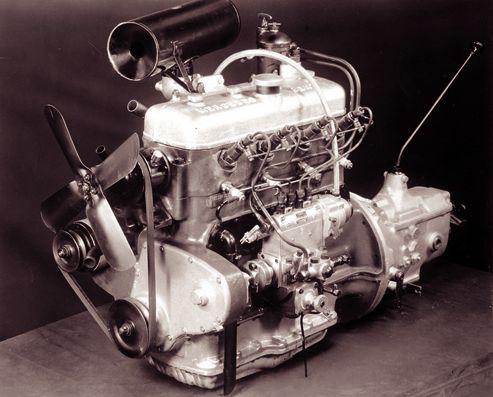 2-premier-moteur-diesel-mercedes-fabrique-en-1936.jpg