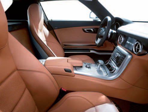 24-design-cuir-marron-clair-sls-amg.jpg