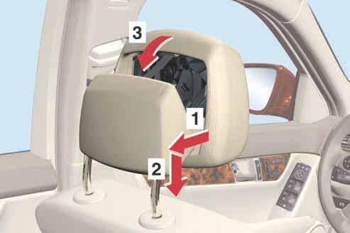 29-remise-en-place-appuie-tete-neck-pro-classe-c-w204.jpg