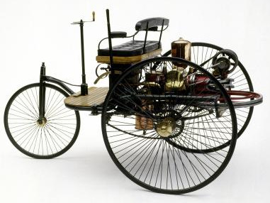 3-tricycle-mercedes-benz.jpg