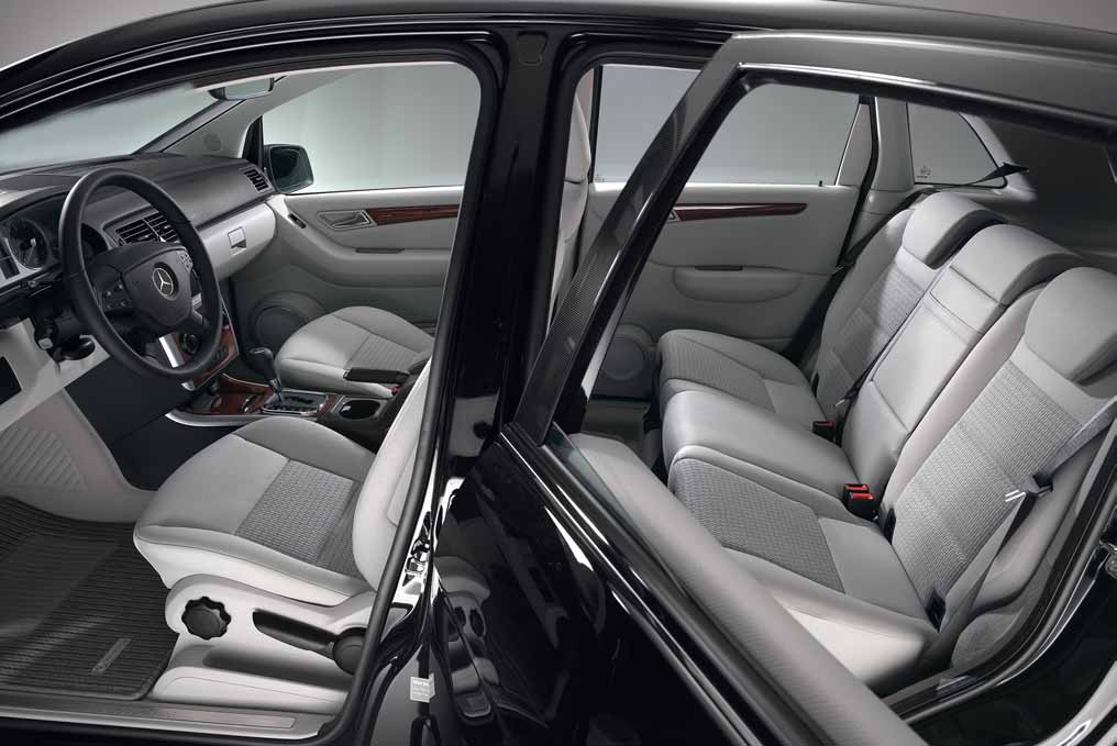 Mercedes ml design int rieur design de maison Interieur mercedes
