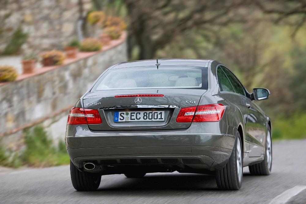 4-classe-e-coupe-c207-photos.jpg