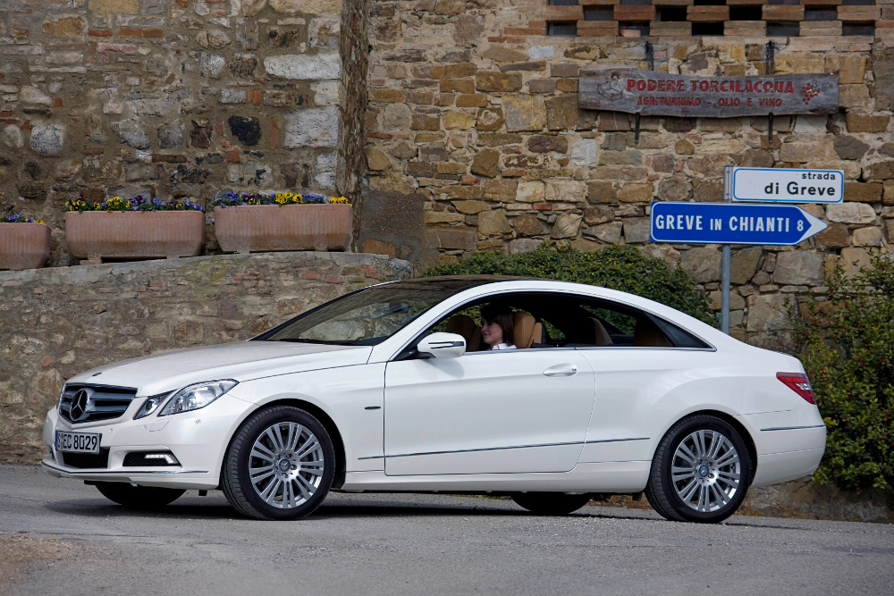 6-classe-e-coupe-c207-photos.jpg