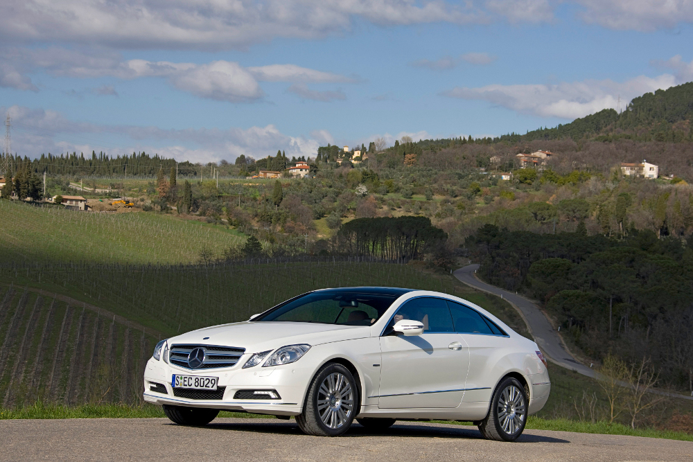 7-classe-e-coupe-c207-photos.jpg