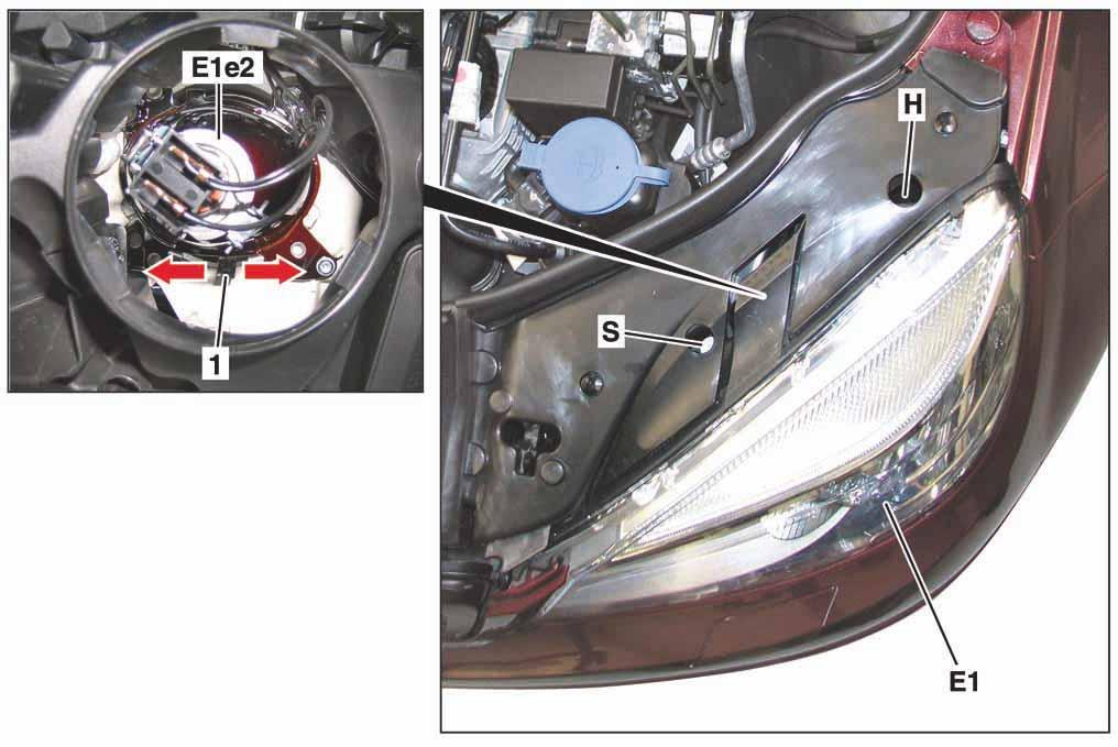 8-projecteur-halogene-gauche-classe-c-w204.jpg
