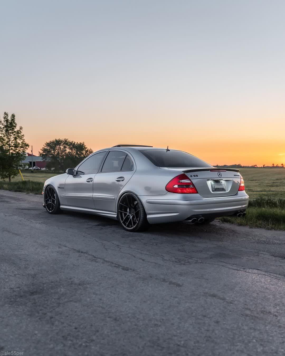 Mercedes-ClasseEW211-Fiche-occasion-2.jpg