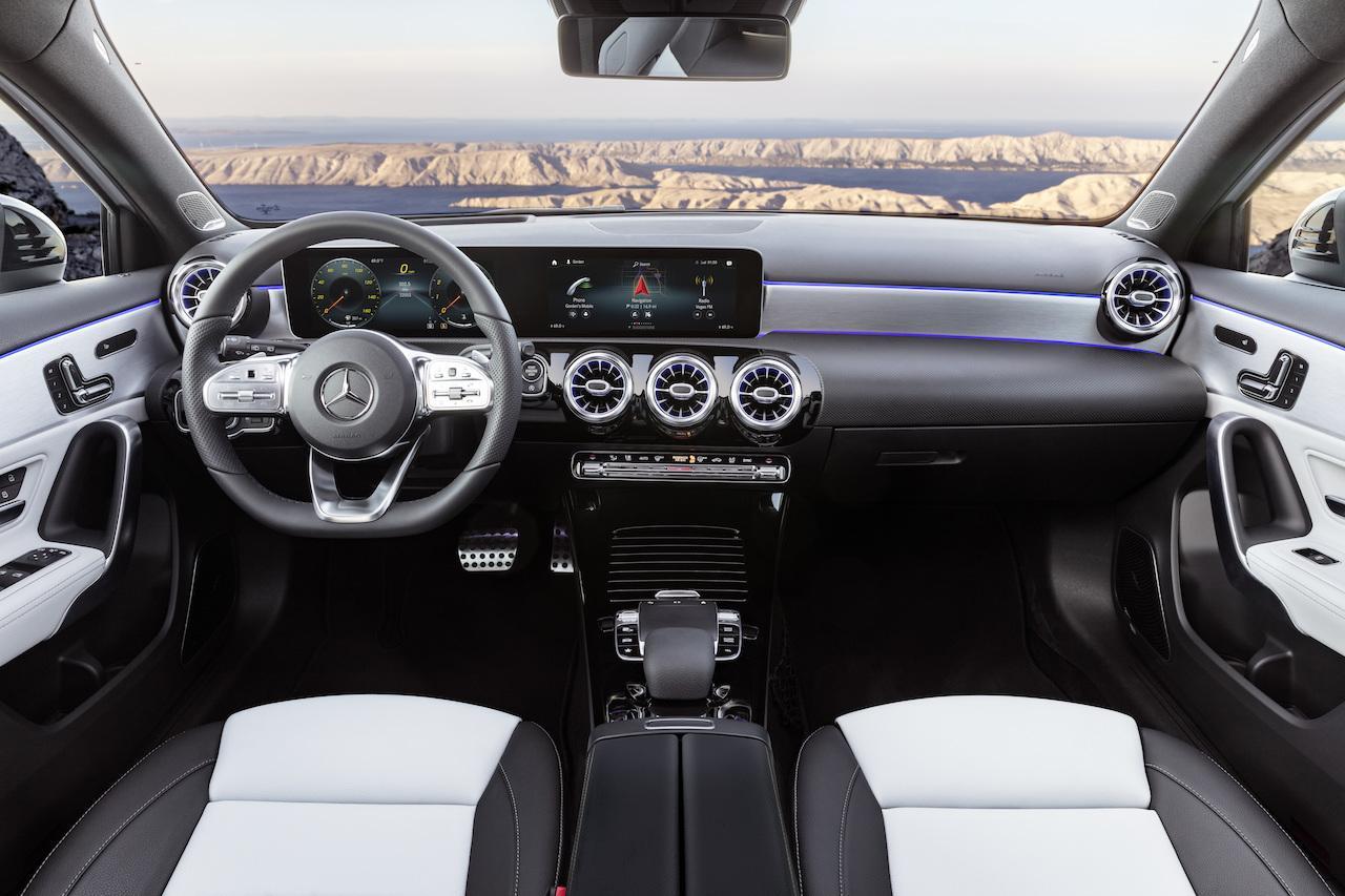Mercedes-classe-A-W177-5.jpeg