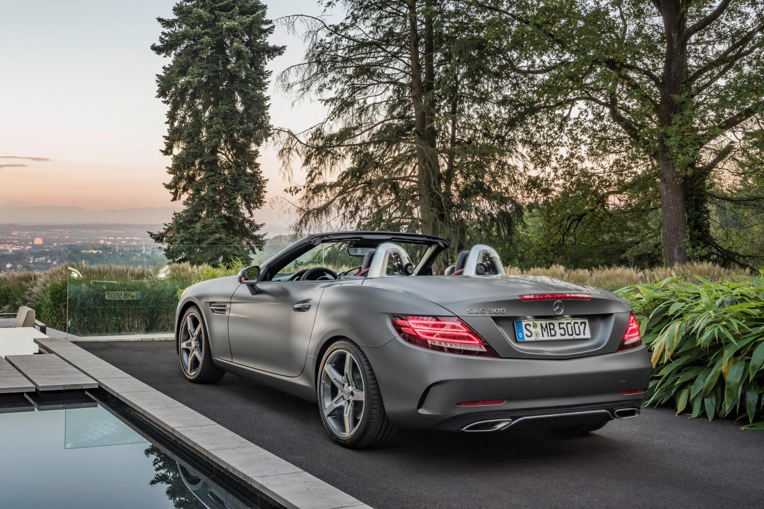 Nouvelle-Mercedes-SLC.jpeg