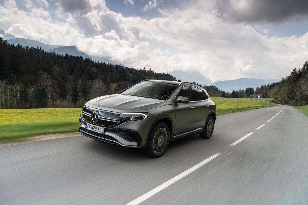 Presentation-Mercedes-EQA250-H243-04.jpg
