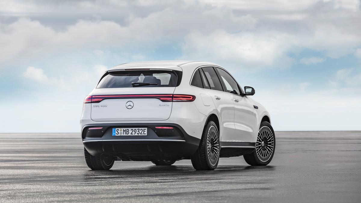 nouveau-Mercedes-Benz-EQC-3.jpg