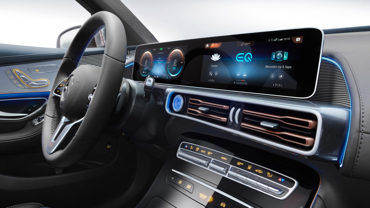 nouveau-Mercedes-Benz-EQC-4.jpg