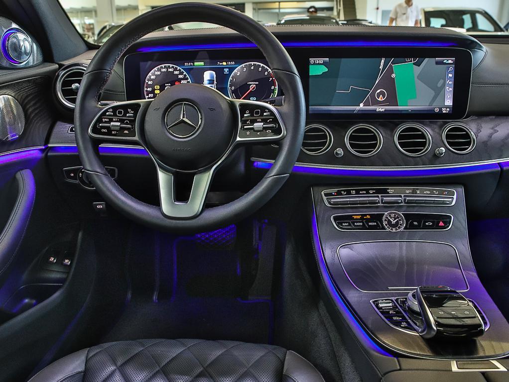 W213_SteeringWheel0.jpeg