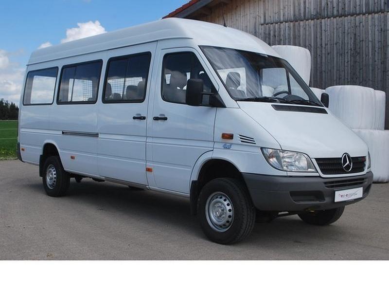 Minibus2.jpg