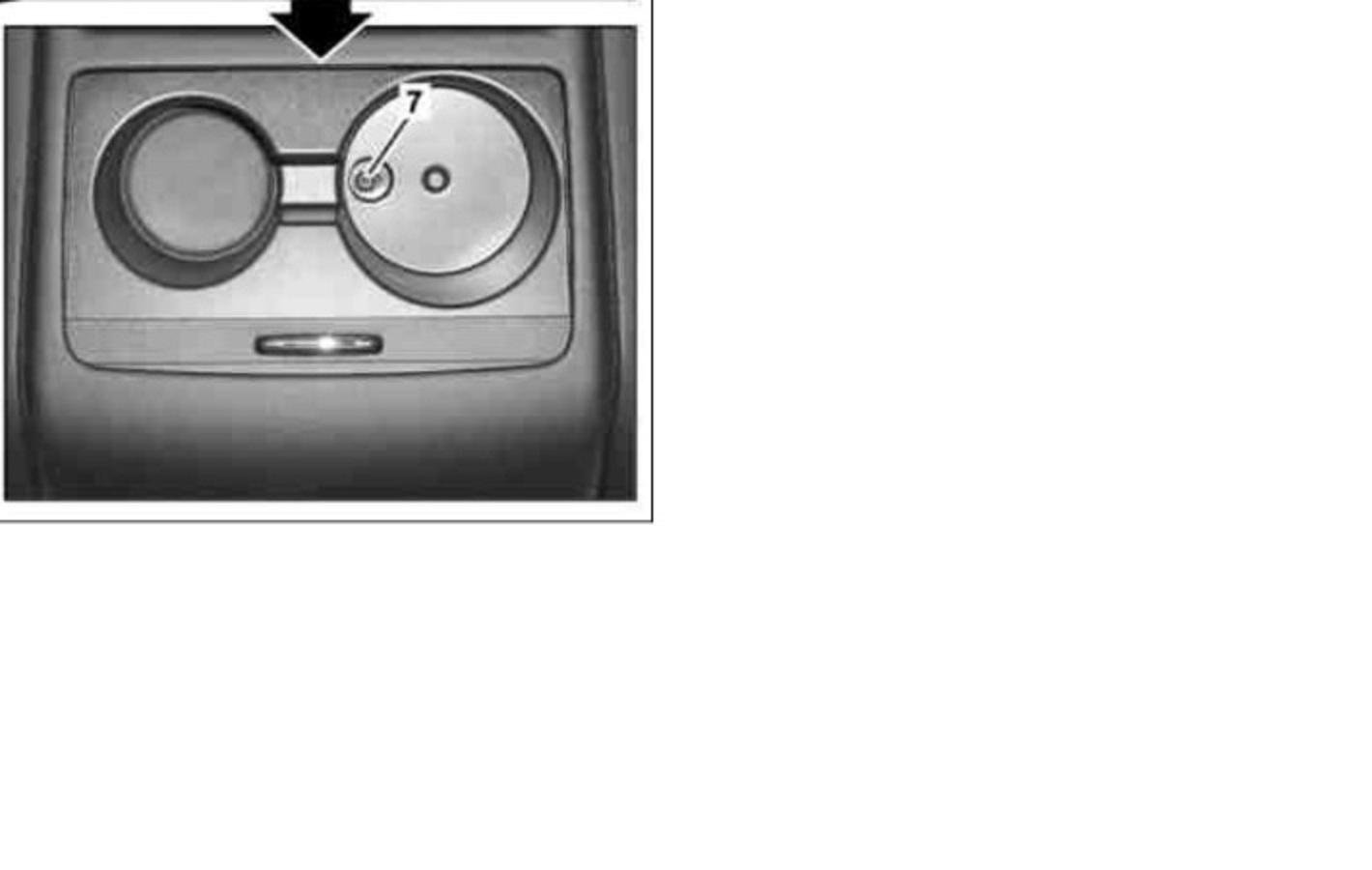 DEPOSE-ACCOUDOIR-2-WDD2452081J047980.jpg
