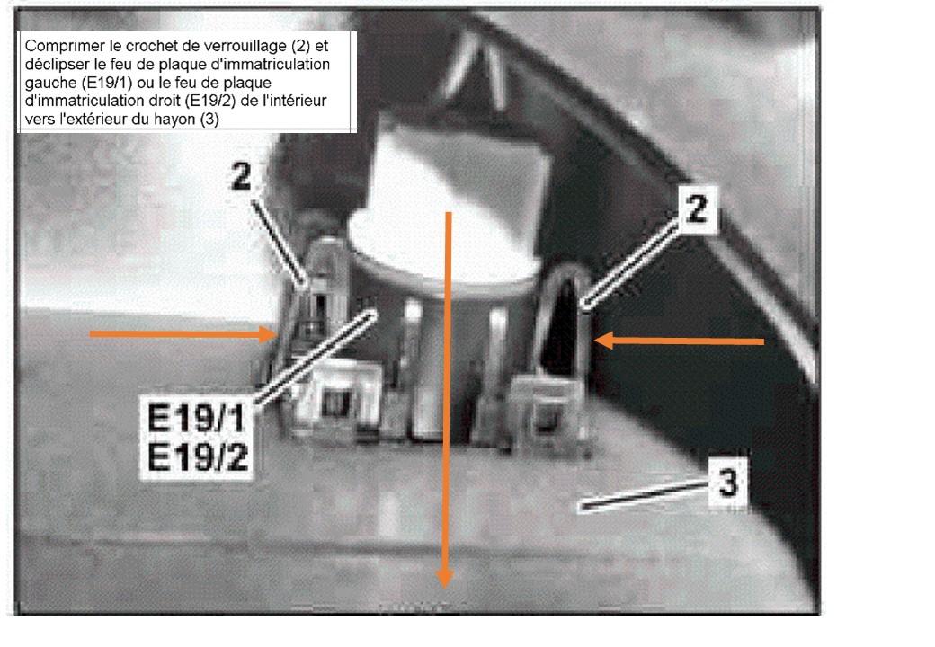 depose-feux-eclairage-plaque-immatriculation-2-w204-breack-.jpg