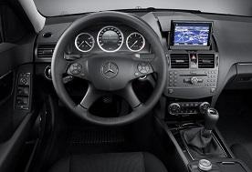 2008_Mercedes_C-Class_3.jpg