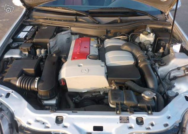 une petite photo du moteur