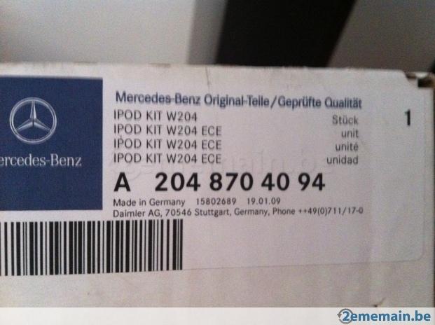 136900156-kit-iphone-ipod-mercedes-classe-c-w204.jpg