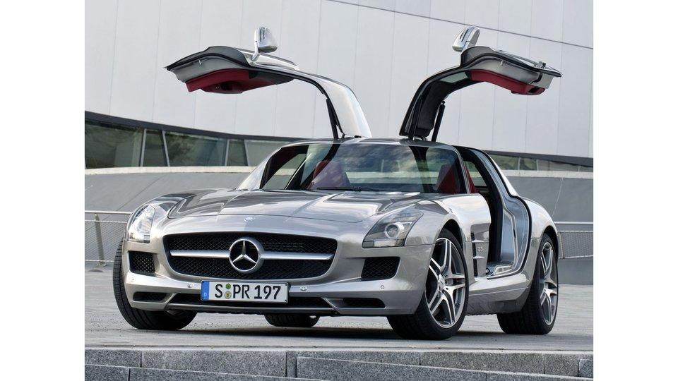 Mercedes-AMG-SLS-Gullwing.jpg